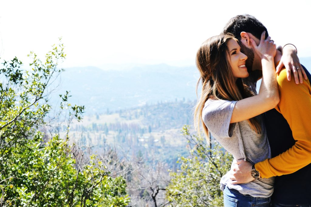 Newlywed Couple Photography in Mountains